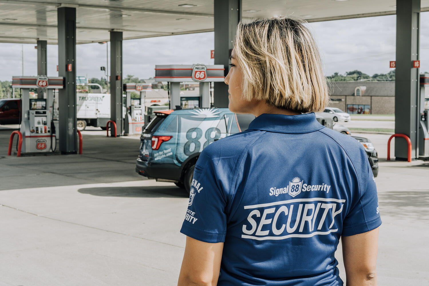 Signal 88 Convenience Store Security